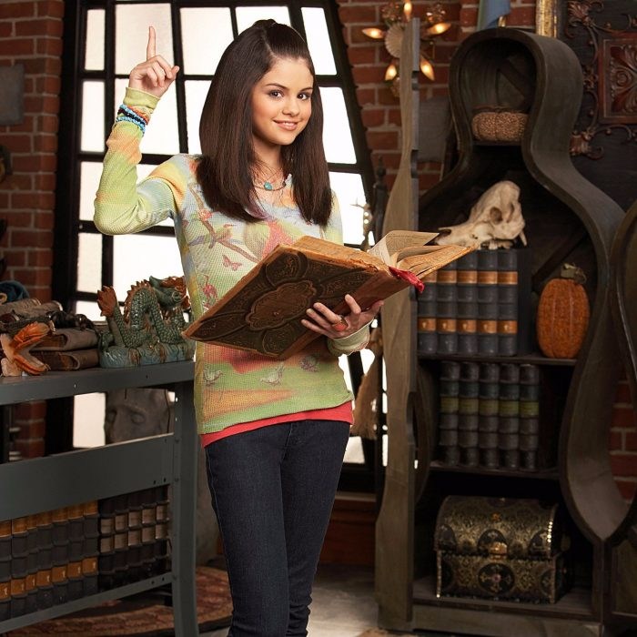 Selena Gome WAverly place