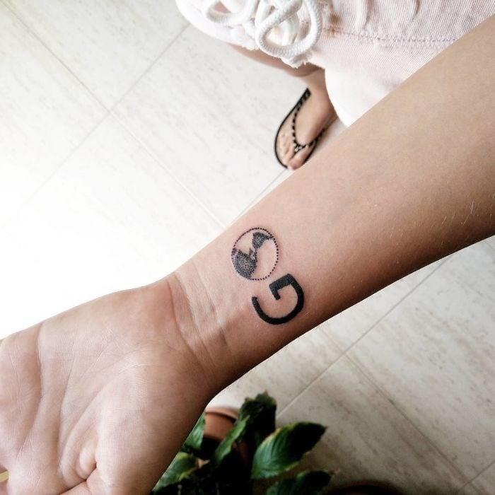 tatuaje con la palabra GO