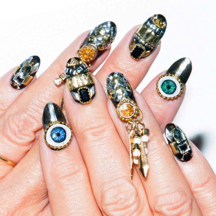 uñas con diseños extremos