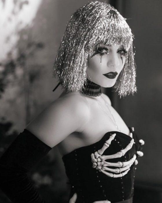 Vanessa Hudgens personaje de Freakshow