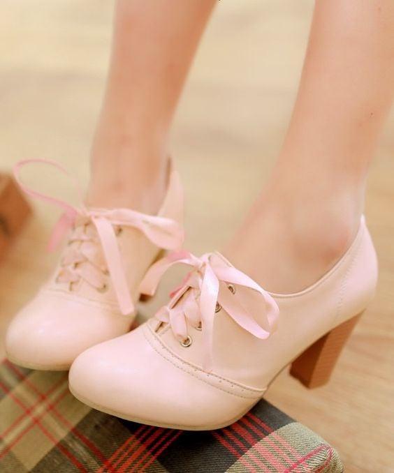 zapatos rosa pastel
