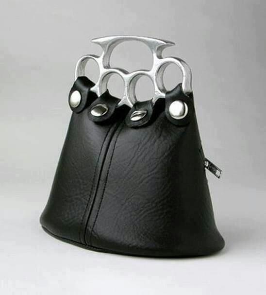 bolso con argollas