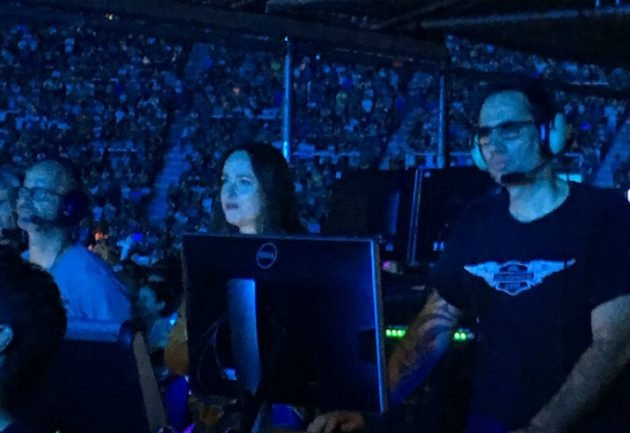 dakota johnson concierto coldplay