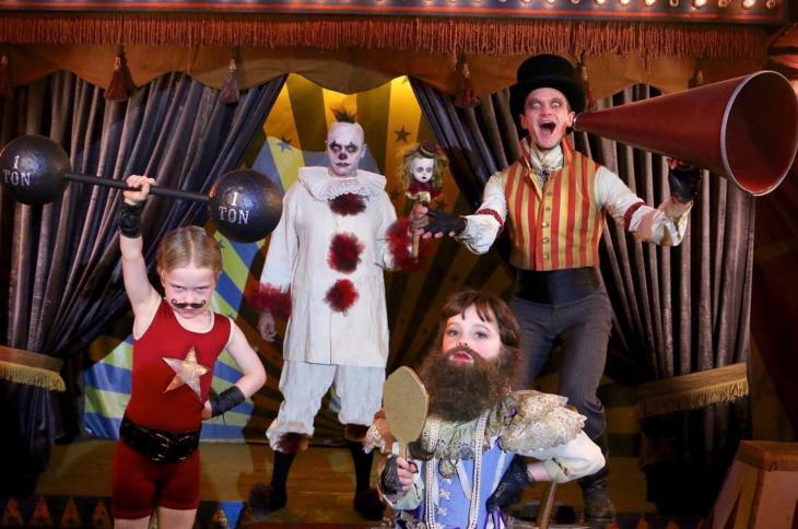 neil patrick harris y su familia de circo
