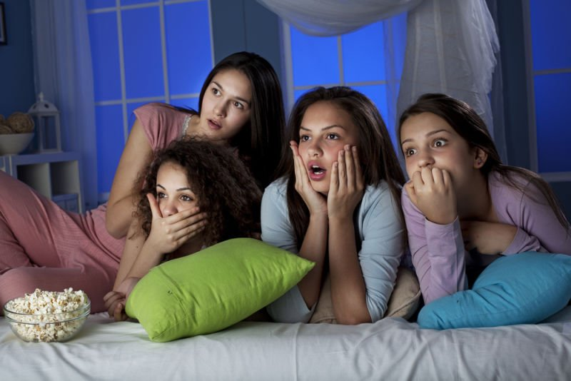 b4c33ae8c9 15 Cosas para que una pijamada sea la mejor noche de chicas