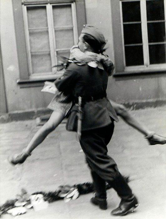 Soldado vuelve a casa de la Guerra, 1940