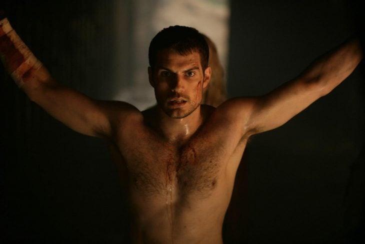 henry cavill topless