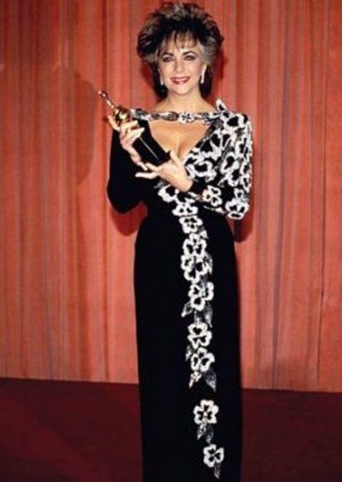 1985 Elizabeth Taylor