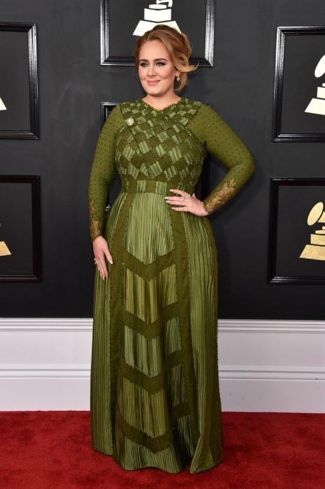 Adele vestido grammy 2017