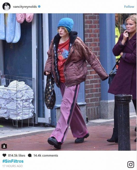 Ryan Reynolds compartirtiendo una imagen de su esposa en el set de su nueva película