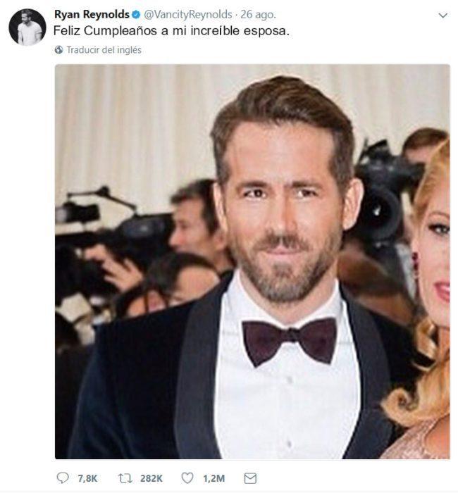 Ryan Reynolds deseando feliz cumpleaños a su esposa