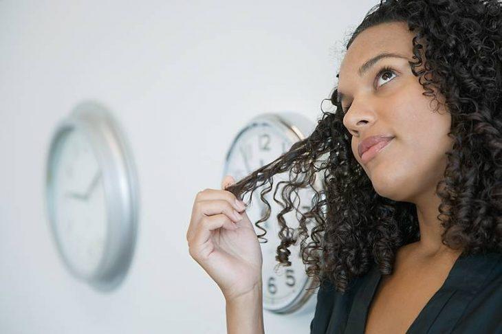 Jugar con el cabello
