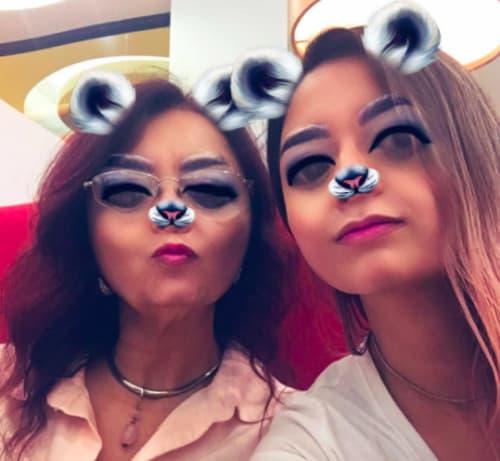 selfie mamá e hija