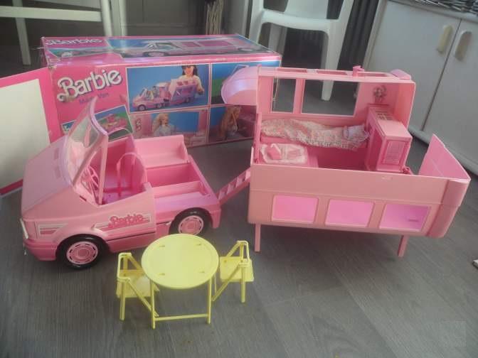 camioneta de Barbie