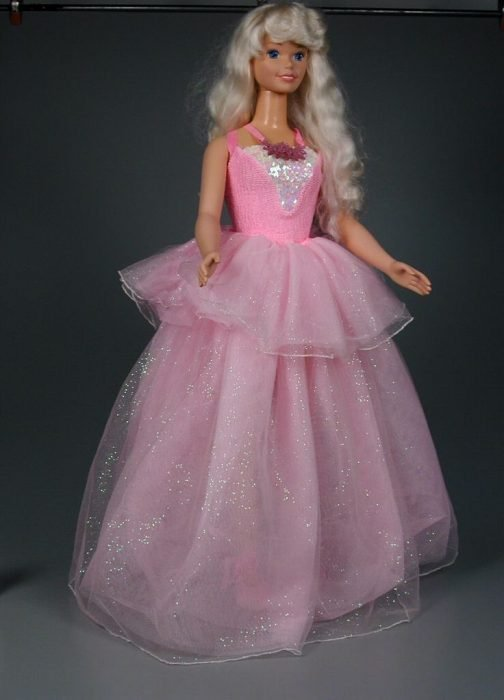 Barbie tamaño real
