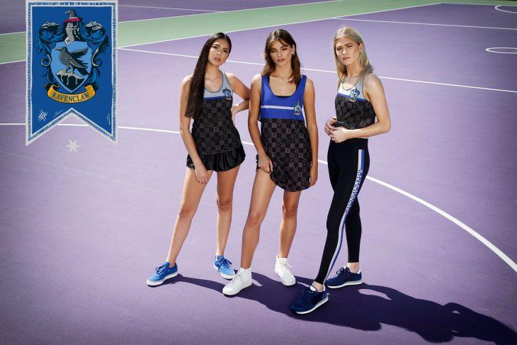 chicas modelando ropa deportiva