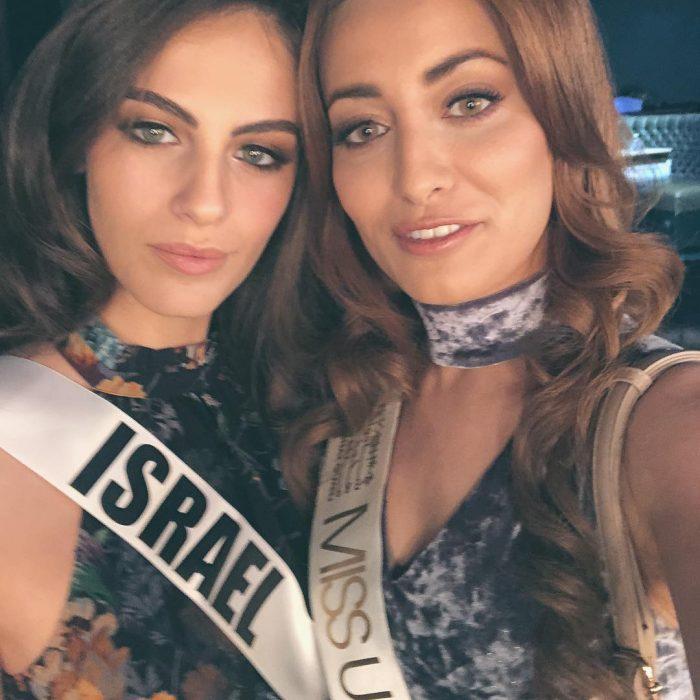 Miss Israel y Miss Irak en una selfie de la paz en Miss Universo