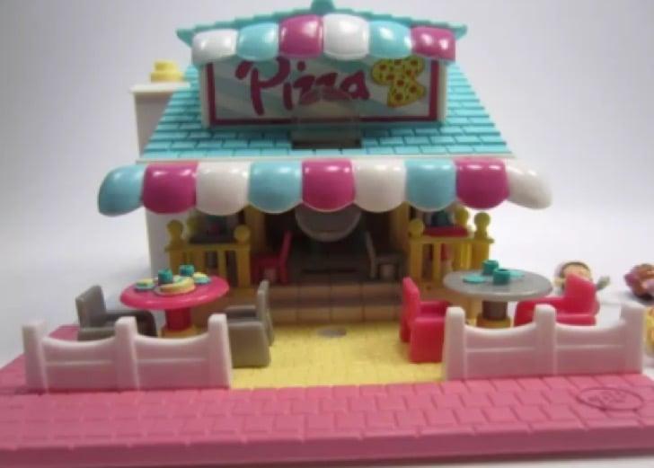 Polly Pockets pizza