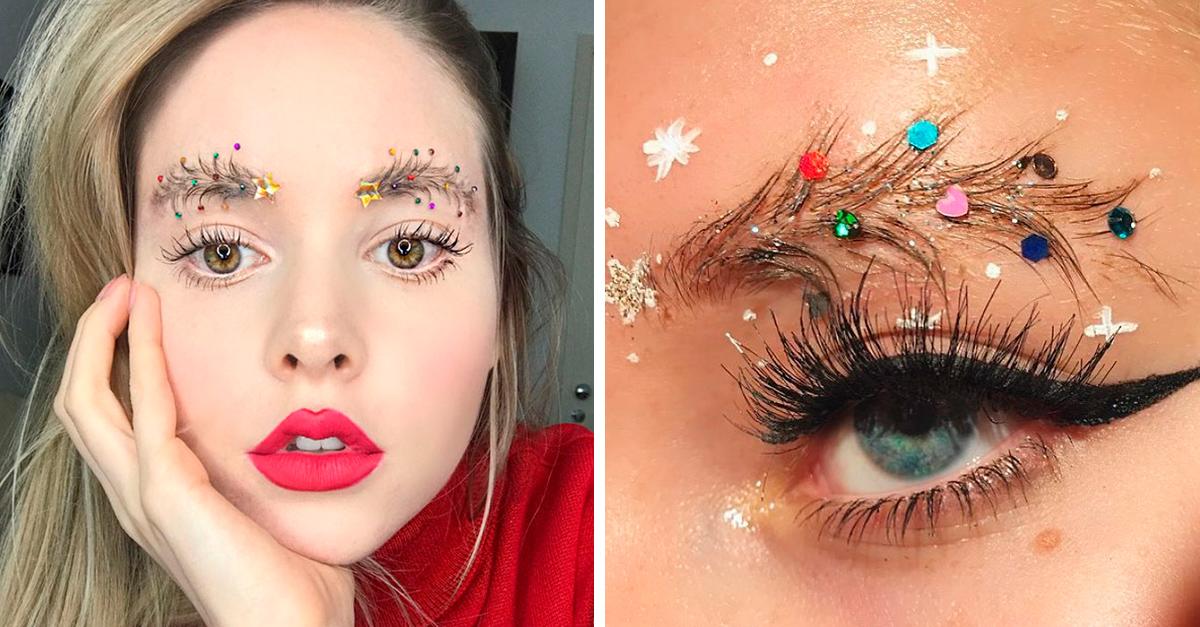 Las personas se están volviendo locas con las nuevas cejas de árbol navideño