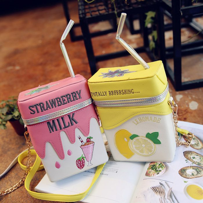 bolsos en forma de cajas de leche