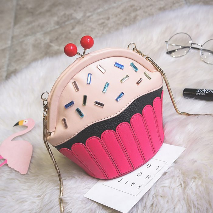 bolso en forma de pastelillo