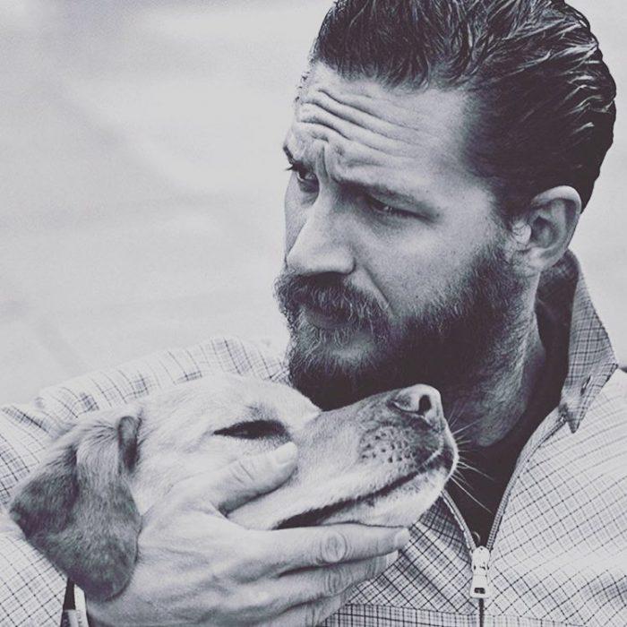 Tom Hardy y su perro