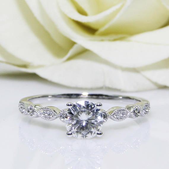anillo de corte céltico