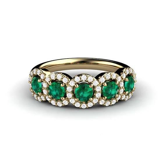 anillo de cinco esmeraldas