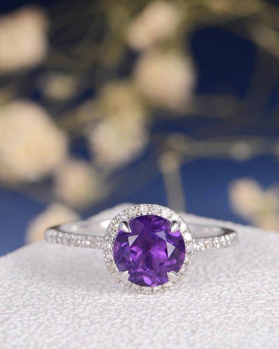 anillo de compromiso con amatista
