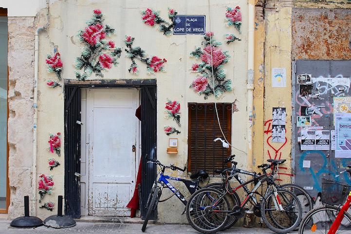 biciletas frente a una casa