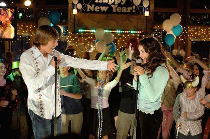 Troy y Gabriella de Disney channel en la fiesta de año nuevo