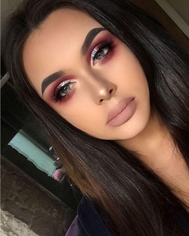 Such Gorgeous Colors And Softness: Tipos De Maquillaje Que Debes Considerar Para Tu Graduación