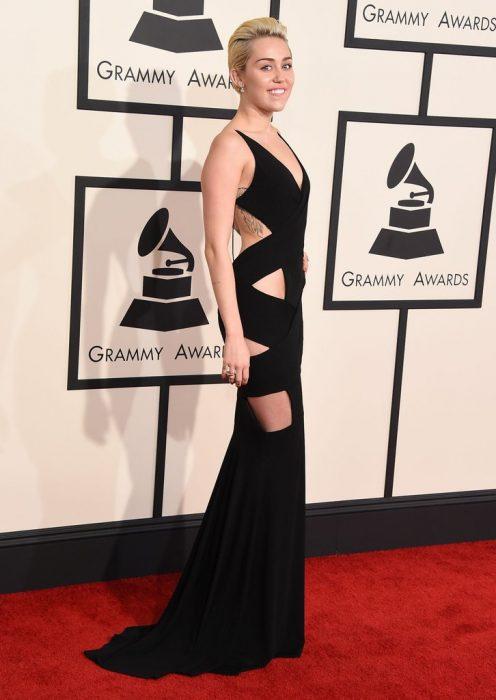 Miley Cyrus Alexandre Vauthier 2015 grammy