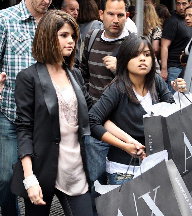 chicas aman las compras