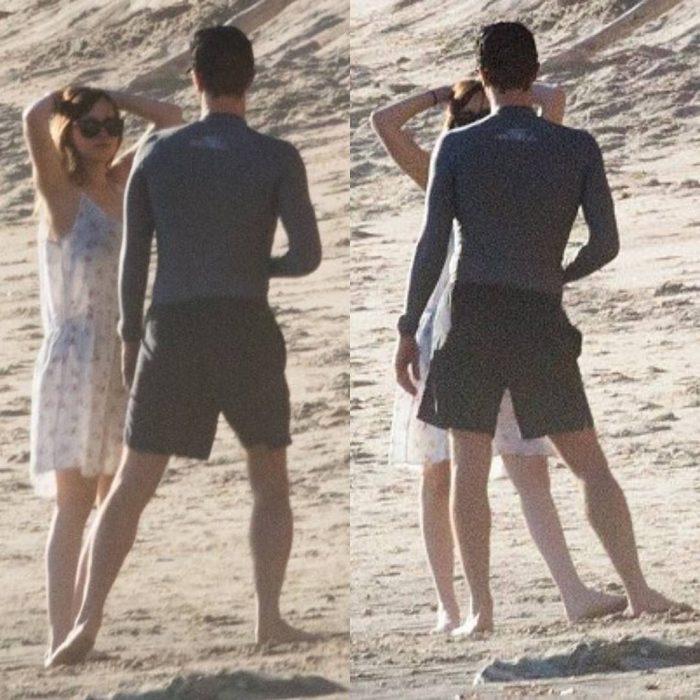 dakota y martin en la playa