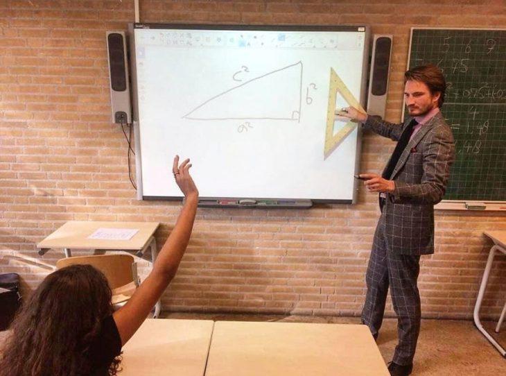 Maestro de matematicas sexi