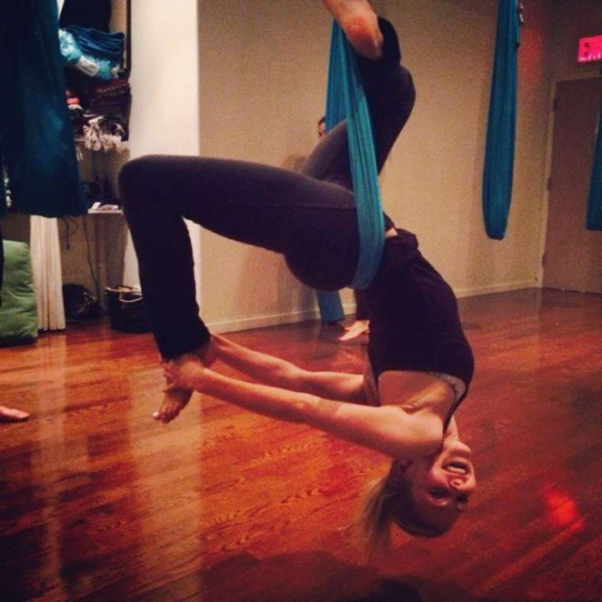 Annasophia Robb danza aerea