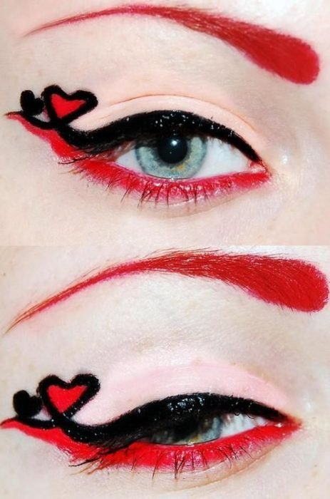 Delineado inferior en rojo y un heart eye