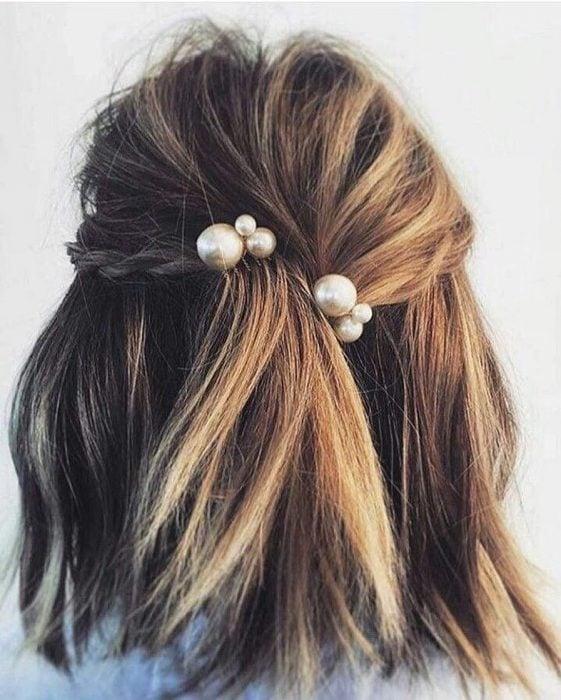 Accesorio para el cabello en forma de perlas