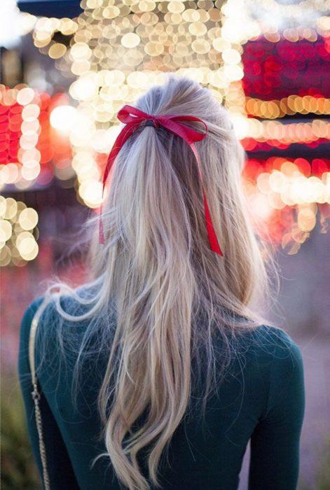 Accesorio para el cabello en forma de moño rojo