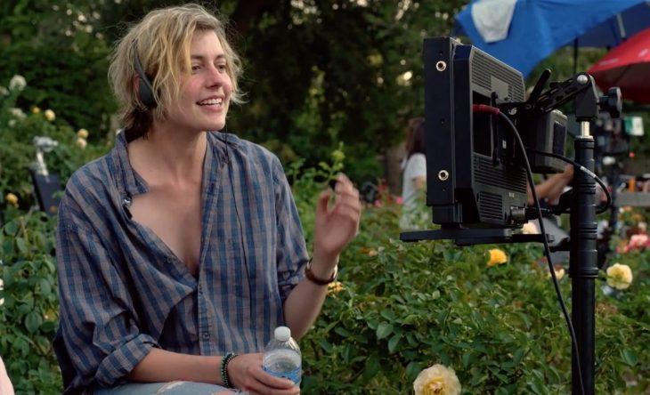 Greta Gerwig dirigiendo una película