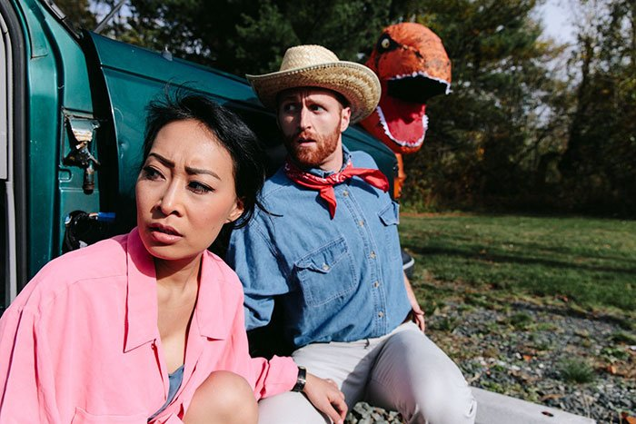 "Jackie Nguyen y Nake Huntley Ellie Sattler and Alan Grant from ""Jurassic Park"""