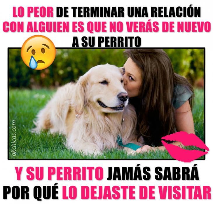 chica besando a un perro