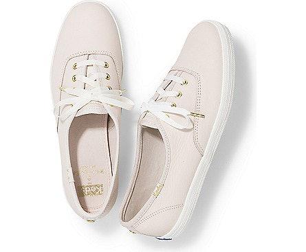 Zapatos lisos de cuero blanco