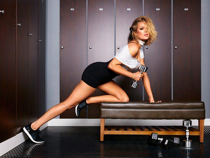 khloé kardashian haciendo ejercicio