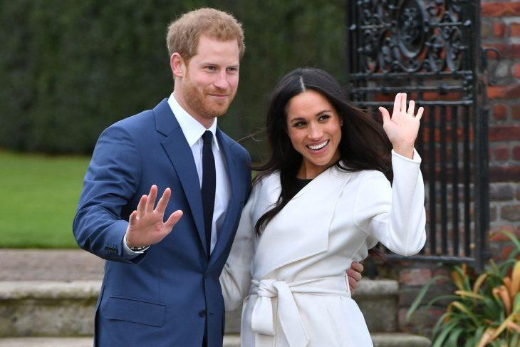 meghan markle y el príncipe harry anuncian compromiso