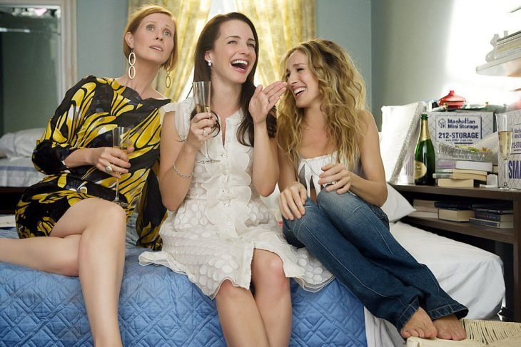 miranda, charlotte, carrie en sex and the city amigas