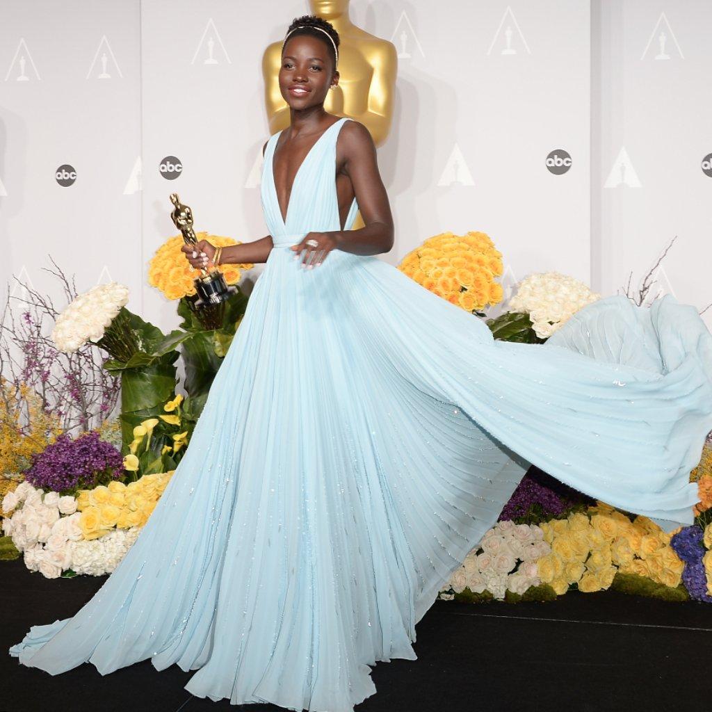 30 Icónicos vestidos que han dejado huella en los Óscares