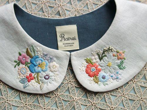 cuello bordado con flores