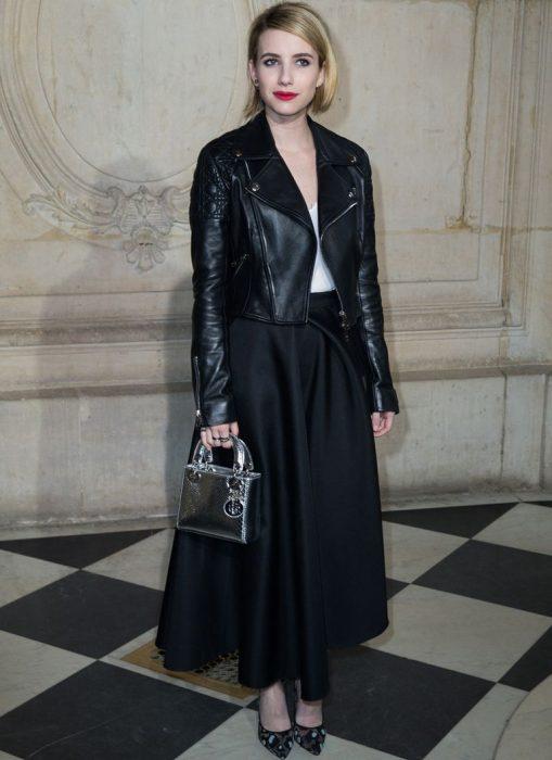 falda negra elegante chica